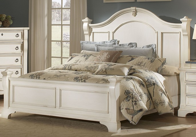 Heirloom White King Poster Bed