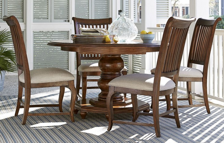 Dogwood Low Tide Breakfast Extendable Round Dining Room Set