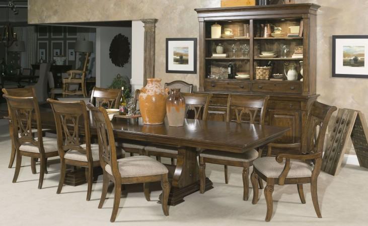 Portolone Carusso Dining Room Set