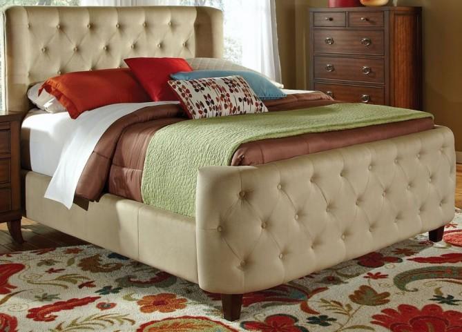 Farrah Cal. King Size Upholstered Platform Bed