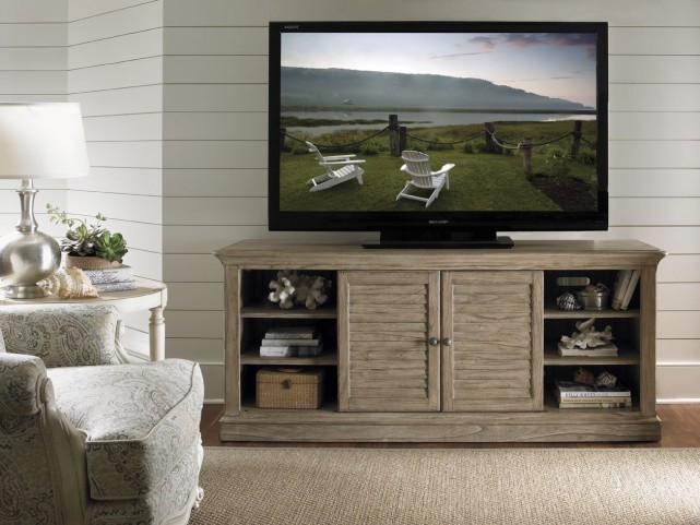 Barton Creek Driftwood Patina Travis TV Console