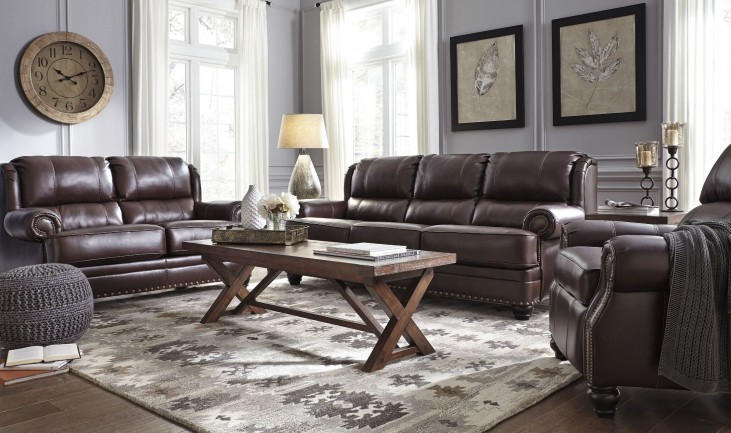 Glengary Chestnut Living Room Set