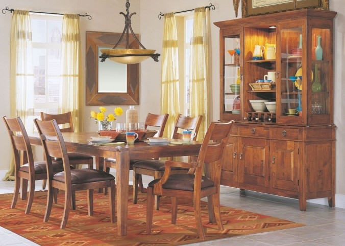 Urban Craftsmen Extendable Dining Room Set