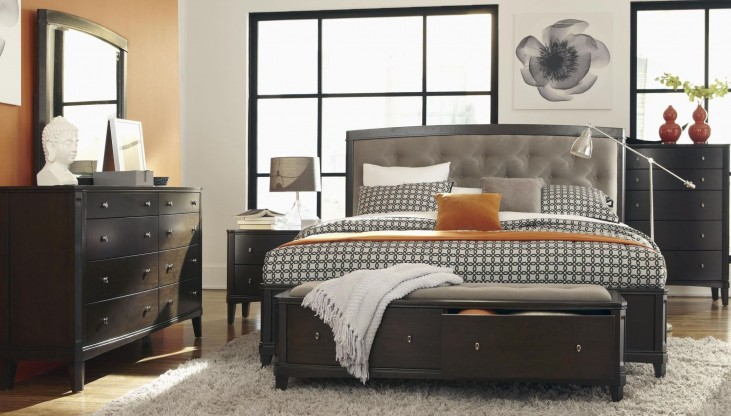 Juliette Mink Upholstered Panel Bedroom Set
