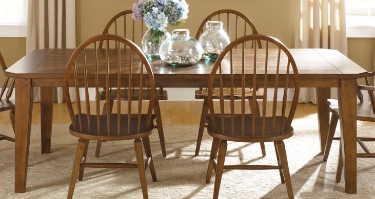 Hearthstone Rustic Oak Extendable Rectangular Leg Table