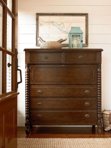 Riverhouse River Bank 5 Drawer Corrie's Dressing Chest