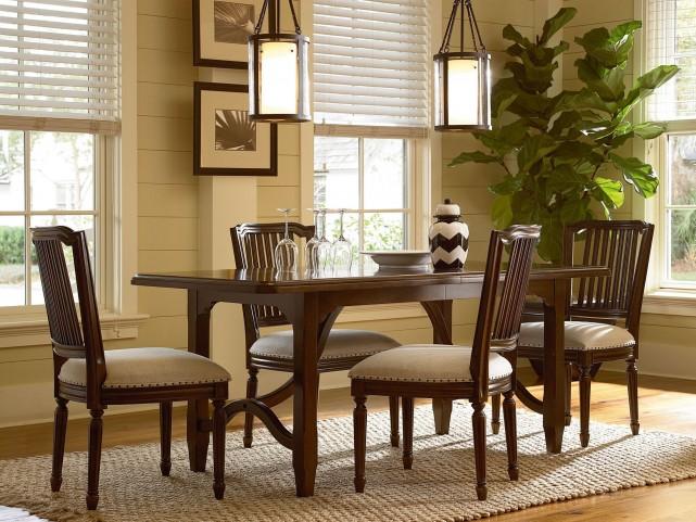 Riverhouse Kitchen Extendable Dining Room Set