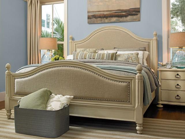 Riverhouse Low Post Bedroom Set