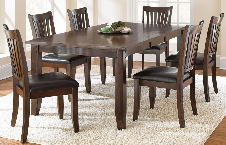 Josie Red Oak Extendable Rectangular Dining Room Set