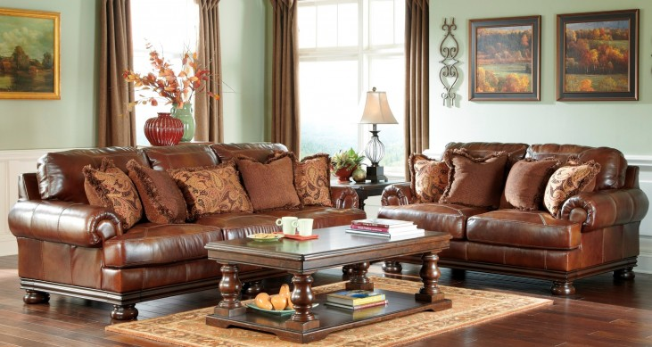 Hutcherson Harness Living Room Set