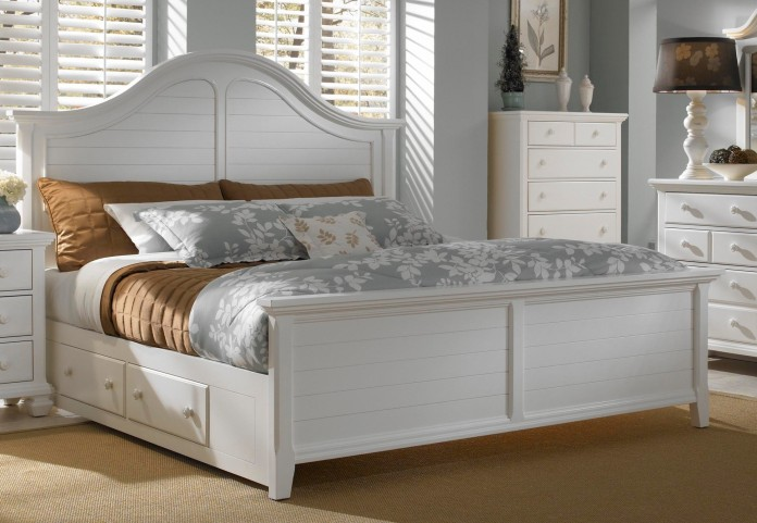 Mirren Harbor Arched King Storage Panel Bed