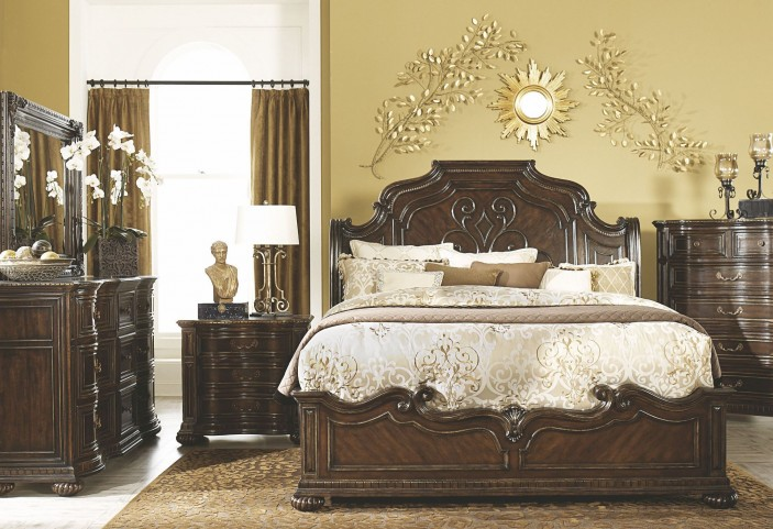 La Bella Vita Sleigh Bedroom Set