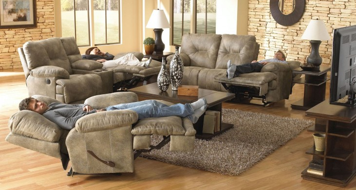 Voyager Brandy Power Reclining Living Room Set