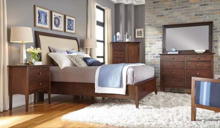 Gatherings Honey Meridian Storage Bedroom Set
