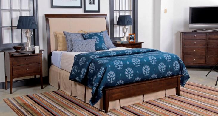 Gatherings Cinnamon Meridian Bedroom Set
