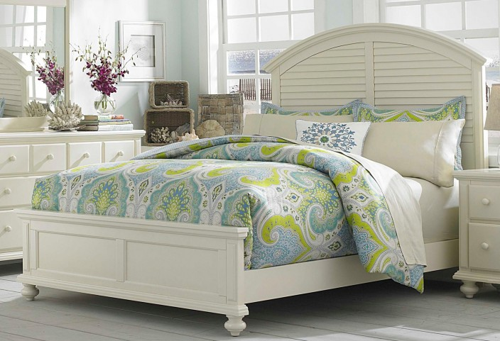 Seabrooke King Panel Bed