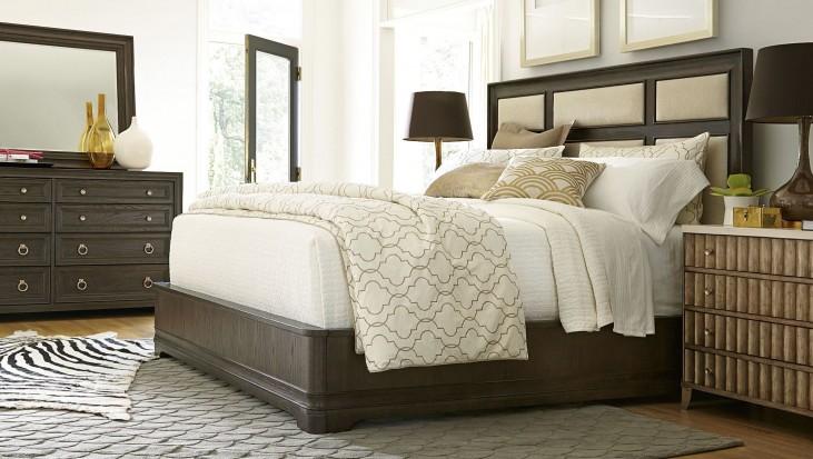 California Hollywood Hills Upholstered Platform Bedroom Set