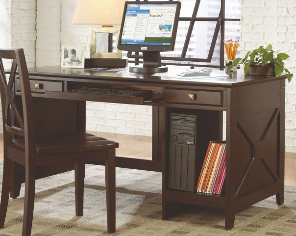 Britanica Writing Desk