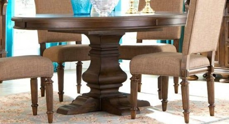 Lyla Extendable Round Dining Table