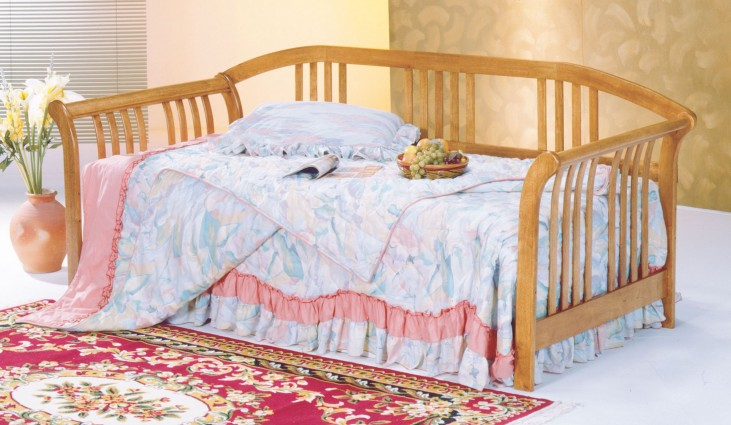 Magna Oak Day Bed With Link Spring