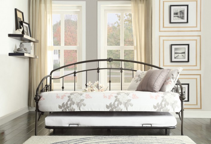 Ruby Rustic Metal Daybed With Trundle