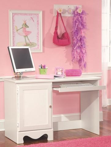 Spring Rose Soft White Student Desk