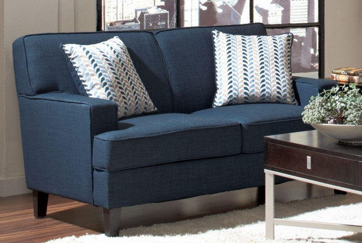 Finley Blue Loveseat