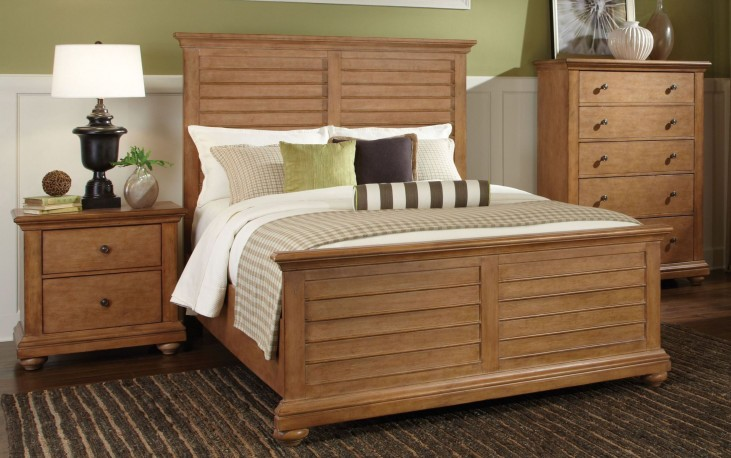 Pathways Sandstone 5 Piece Queen Panel Bedroom Set