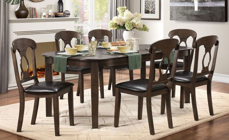 Lemoore Weathered brown Extendable Dining Room Set