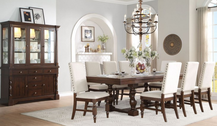 Yates Extendable Dining Room Set