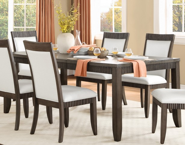 Piqua Extendable Dining Table