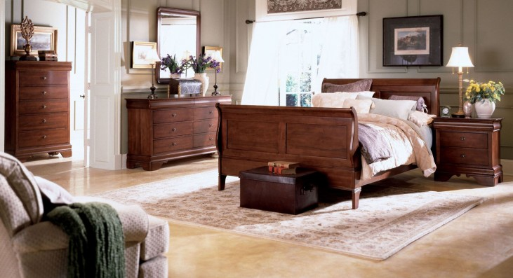 Chateau Royale Sleigh Bedroom Set