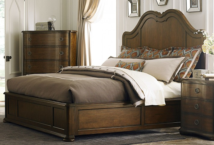 Cotswold Panel Bedroom Set
