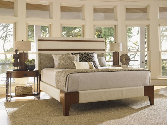 Island Fusion Mandarin Upholstered Panel Bedroom Set