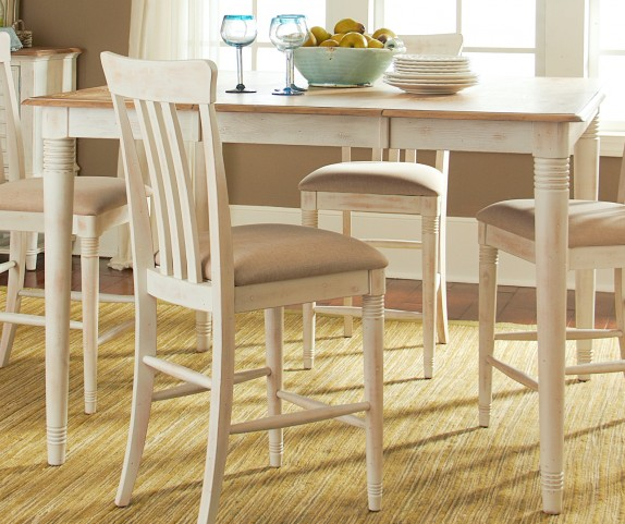 Bluff Cove II Extendable Gathering Table