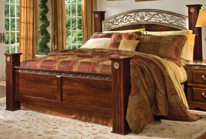 Triomphe Brown Zinfandel Cherry King Poster Bed