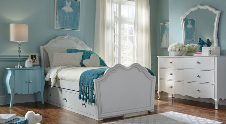 Tiffany Pearlized White Youth Panel Bedroom Set