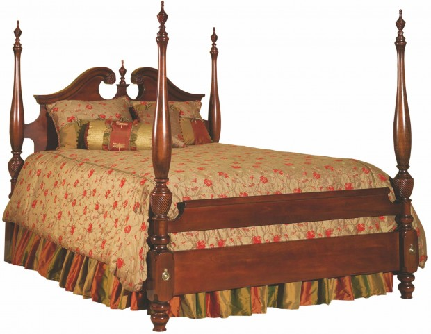 Carriage House Broken Pediment King Poster Bed