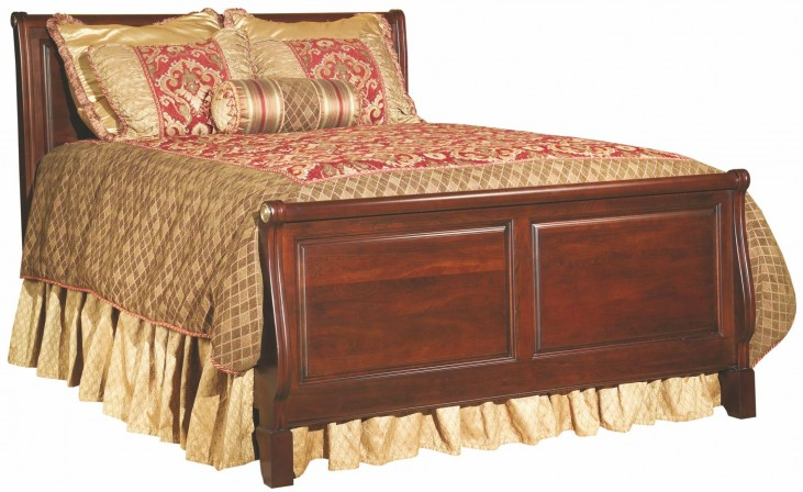 Carriage House Queen Sleigh Bed