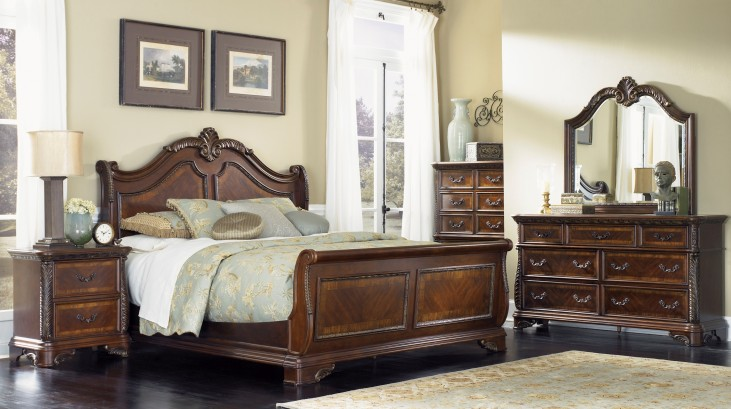 Highland Court Sleigh Bedroom Set