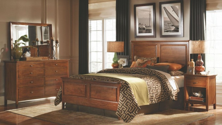 Cherry Park Panel Bedroom Set