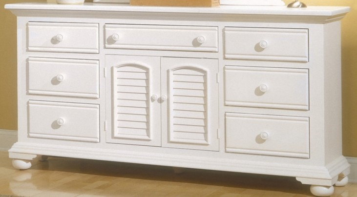 Cottage Traditions White Triple Dresser