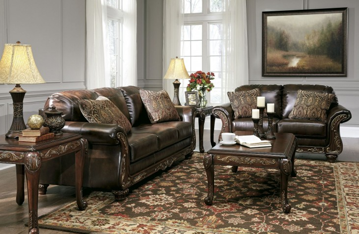 Vanceton Brown Living Room Set