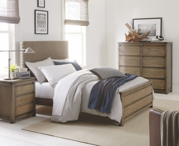 Big Sky by Wendy Bellissimo Weathered Oak Youth Upholstered Bedroom Set