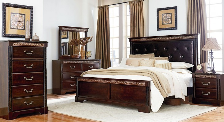 Venetian Panel Bedroom Set