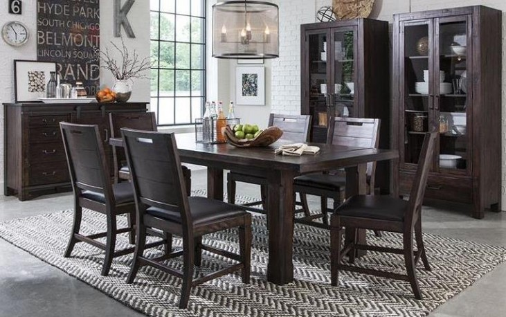 Pine Hill Warm Rustic Pine Extendable Rectangular Dining Room Set