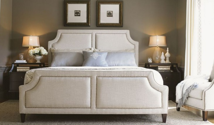 Kensington Place Chadwick Upholstered Bedroom Set