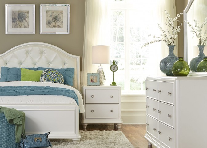 Stardust Iridescent White Youth Panel Bedroom Set