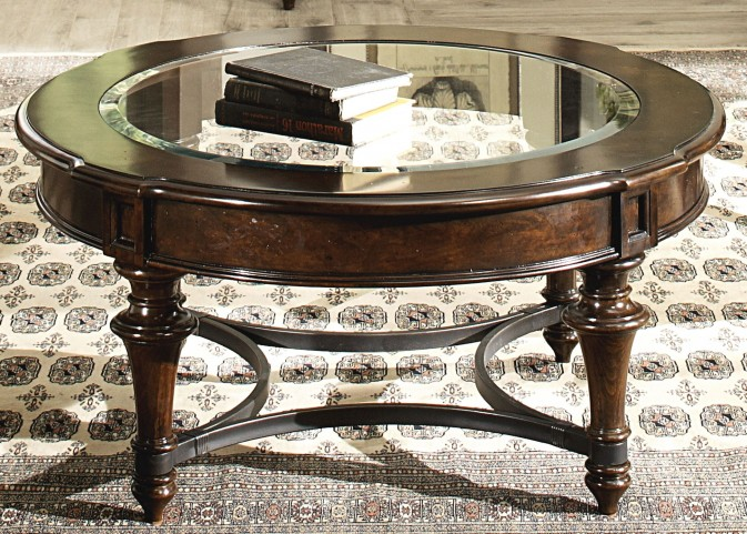 Kingston Plantation Round Cocktail Table