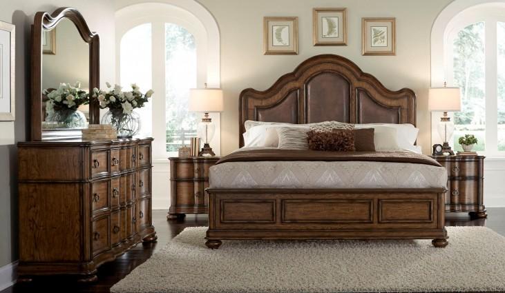 Quentin Aged Chestnut Platform Bedroom Set
